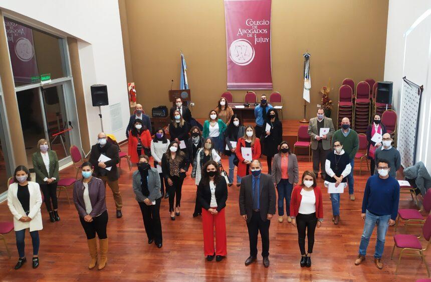 Presentación de las nuevas autoridades de los Institutos y Comisiones del Colegio de Abogados